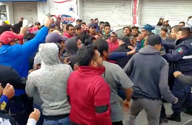 Acabó en golpes operativo contra pirotecnia en Tultepec