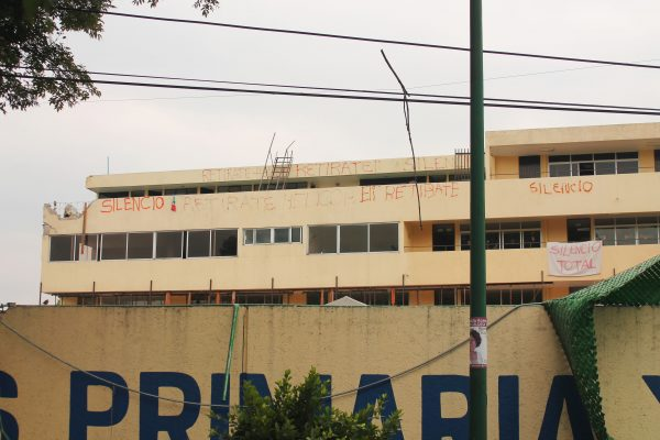 Suspenden demolición del colegio Enrique Rébsamen