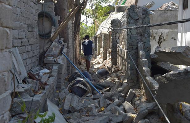 Se eleva a 387 la cifra de muertos tras sismo en Lombok