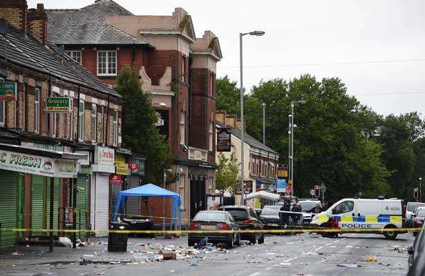 Tiroteo en Manchester deja 10 heridos