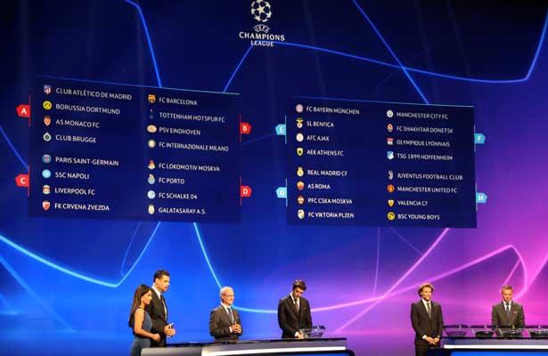 Chucky Lozano enfrentara al Barcelona en la Champions