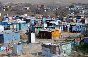 Piden determinar tarifas eléctricas fijas para personas en marginalidad y pobreza
