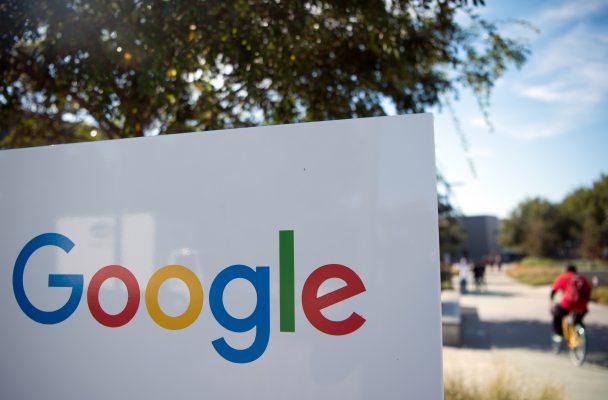 Una falla en Google+ expuso datos de medio millón de cuentas