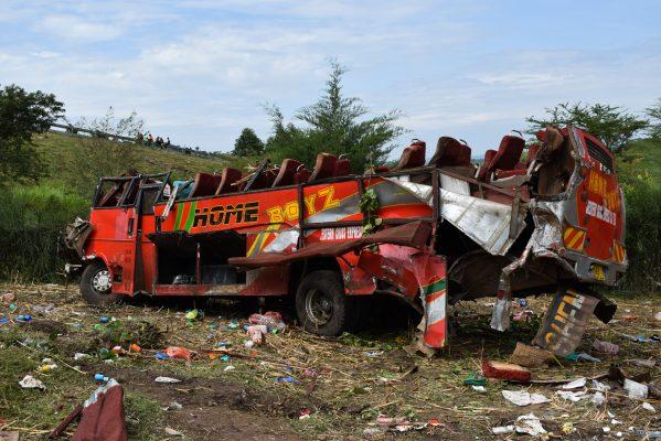 Suben a 51 los muertos en un accidente de autobús en Kenia