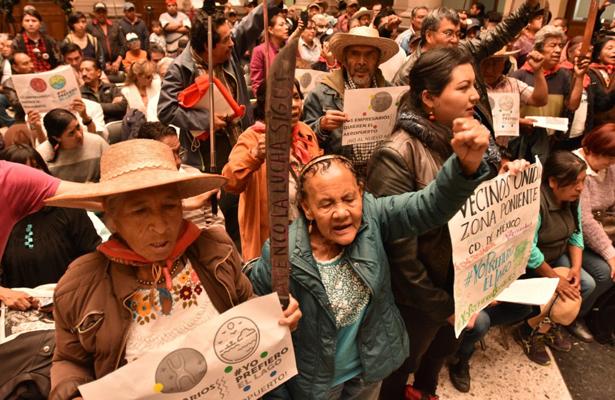 Exigen pobladores ante Jiménez Espriú frenar la obra del NAICM