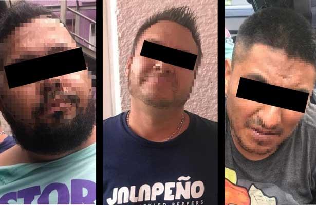 Atoran a tres con cocaína y marihuana en la Venustiano Carranza
