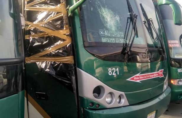 Suspenden servicio de transporte en sur del Edomex por robo de autobuses
