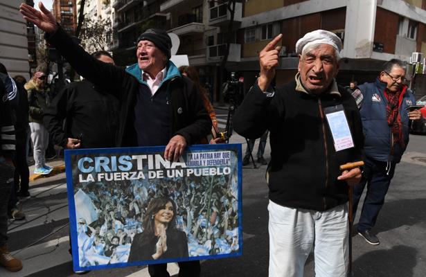 A juicio Fernández de Kirchner y sus hijos por corrupción