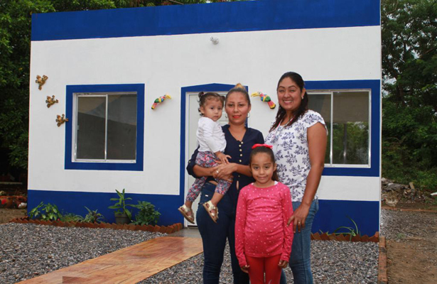 El 80% de viviendas con daño total por sismos, están en proceso de reconstrucción: Rosario Robles