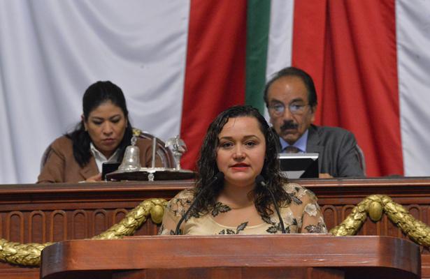 Atan manos a alcaldes en manejo del presupuesto