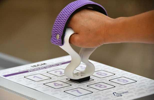 Afina IECM nuevo sello para voto de personas con discapacidad