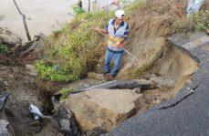 Daños e inundaciones ha provocado la tormenta Vicente en Huatulco