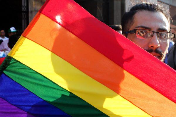Aprueba Senado seguridad social a parejas del mismo sexo