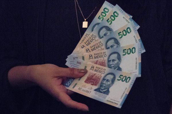 Inicia entrega de Vales de Despensa y el pago del Bono Sexenal