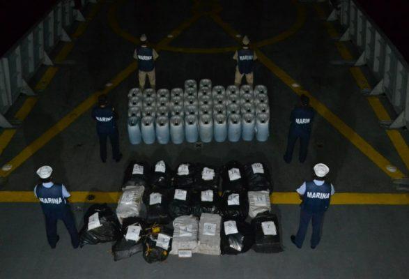 SEMAR asegura una tonelada de cocaína