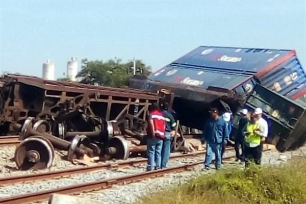 Descarrila tren en Nuevo León