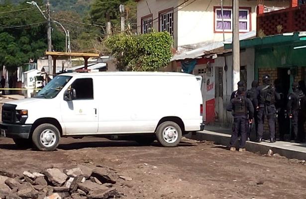 Hallan cuatro cuerpos en una vivienda en Veracruz