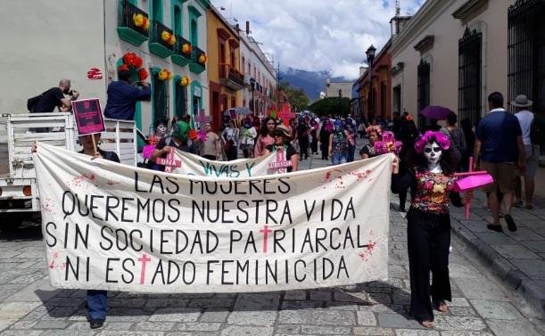 Marea verde exige frenar feminicidios en Oaxaca