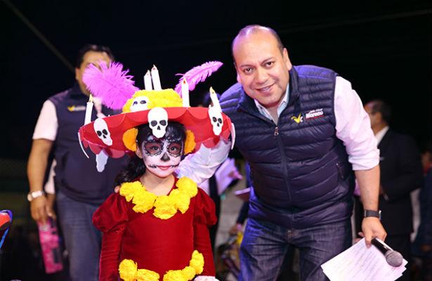 Alcaldía de V.Carranza celebra a los muertos con Lucha libre