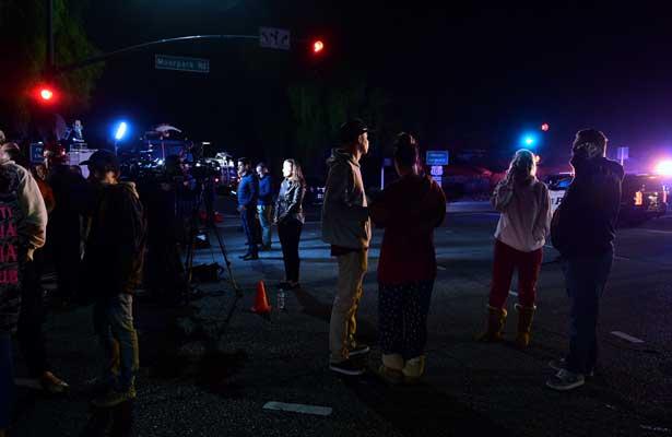 Tiroteo en California deja al menos 12 muertos