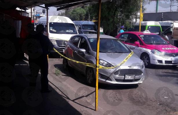 Amanece muerto dentro de su vehículo en Iztapalapa