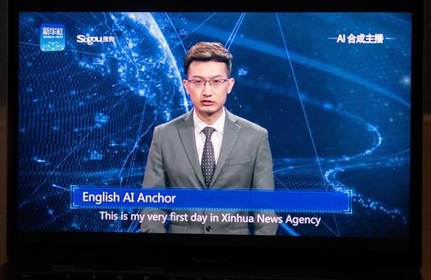 China presenta robots virtuales para dar las noticias