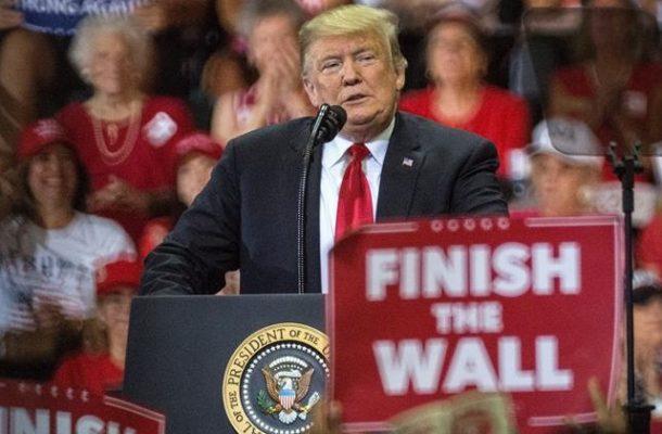 """Tildan de """"racista"""" y """"divisivo"""" anuncio migratorio de Trump"""