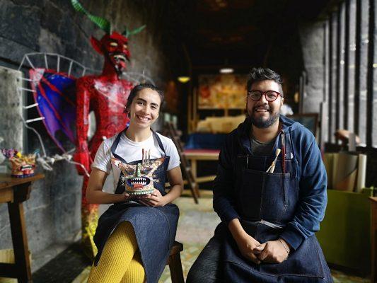 [GALERÍA] Airbnb lleva a dos jóvenes a vivir una noche en el Museo Diego Rivera