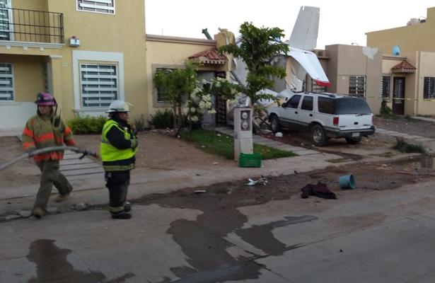 Mueren cuatro personas tras desplome de avioneta en Culiacán (VIDEO)