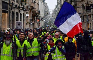 Desciende participación y violencia en protestas en Francia