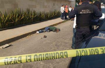 Un muerto y un herido tras balacera en banco de Tlanepantla