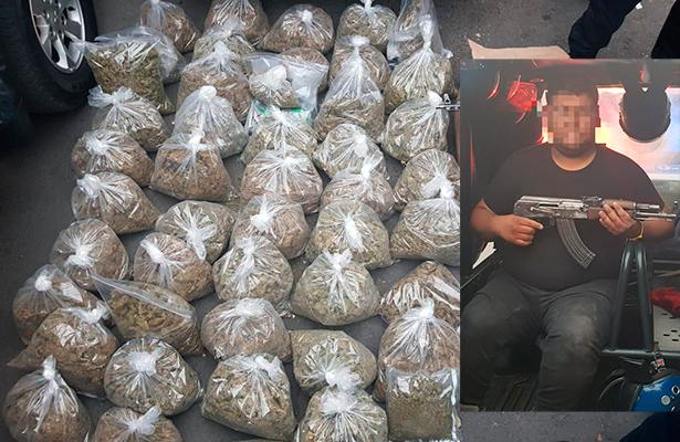 Detienen en la alcaldía Cuauhtémoc a un hombre con 110 kg de hierba