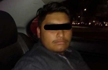 Joven atropella a mujer policía en Coacalco