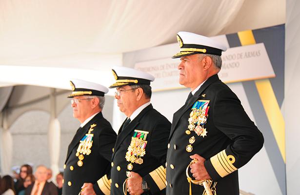 Armada De México realiza ceremonia de entrega-recepción del mando de armas
