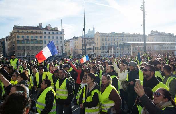 """Bloqueo de los """"chalecos amarillos"""" en Francia provocó la muerte de una persona"""