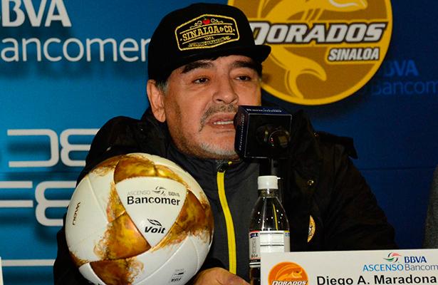 Maradona en busca de su primer título como entrenador