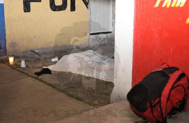 Le arrancaron la vida con seis plomazos en Iztapalapa