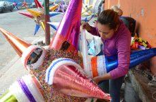 #Fotorreportaje / Nuestras bellas piñatas. La CDMX se viste de colores y sabores al disfrutar de nuestras tradicionales posadas