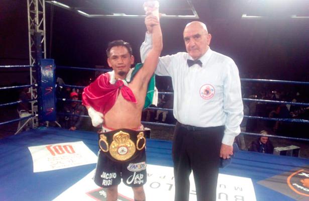 Aerolínea Airfrance pierde cinturones de campeón de box mexicano