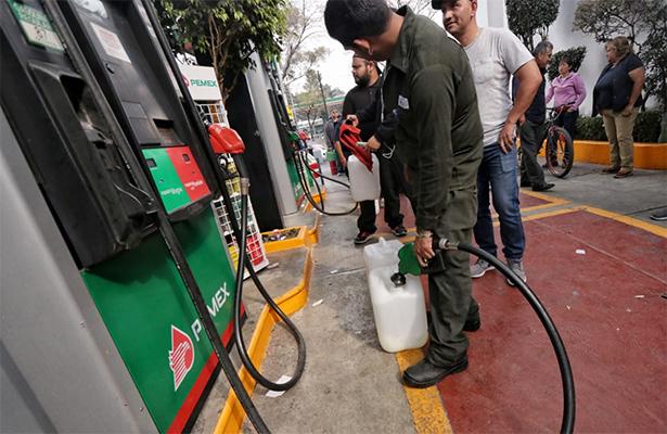 Evaluación en Pemex ante desabasto de combustible