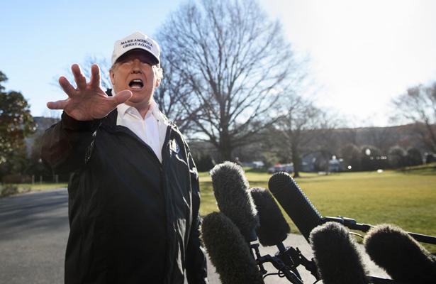 Trump viaja a Texas para reforzar proyecto del muro