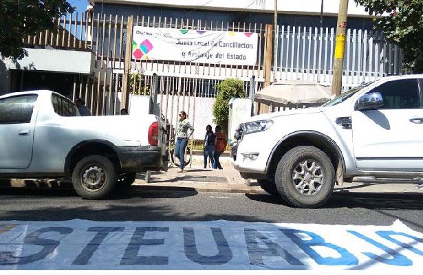 STEUABJO bloquea nuevamente a la altura de la Junta Local