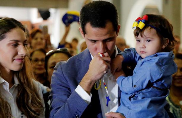 Prohibir ayuda a Venezuela es crimen de lesa humanidad: Guaidó