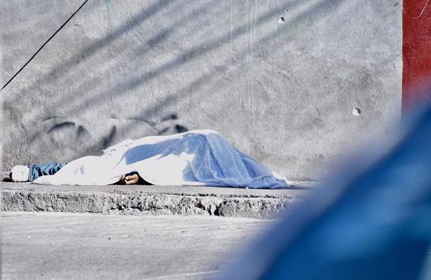 Ráfaga de balazos deja un muerto y un herido en Aguascalientes