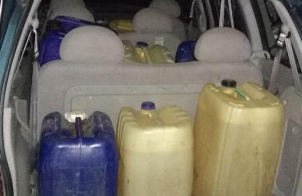 Aseguran 423 litros de gasolina en Ixtaltepec