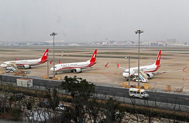 Media docena de países suspenden vuelos del Boeing 737 Max