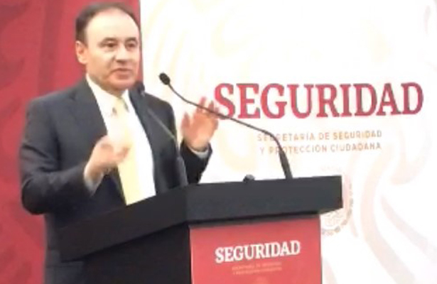 Secuestró un grupo armado a 19 pasajeros en Tamaulipas: Durazo