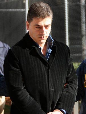 Asesinan al jefe de una gran familia de la mafia de NYC frente a su casa