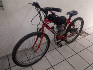 Resultado de imagen para hombre roba una motobicicleta en iztacalco