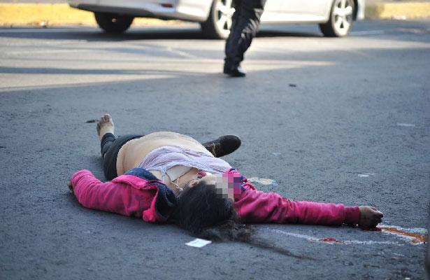 Le cortan la vida al ser atropellada en Tlalpan